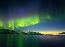 © Magie de l'hiver aux îles Lofoten