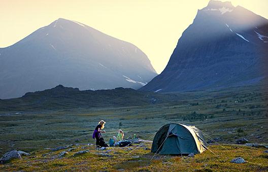 Le droit de libre accès à la nature, c'est quoi © Tomas Utsi / imagebank.sweden.se