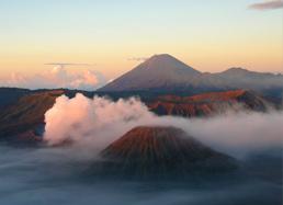 © Des volcans de Java aux rizières de Bali