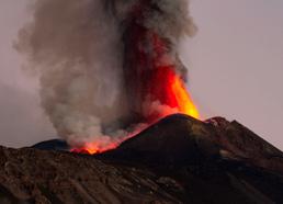 © Des Eoliennes aux terres volcaniques de l'Etna