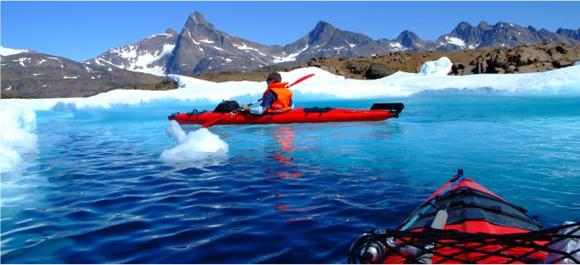 Kayak et randonnée entre icebergs et glaciers du Groenland © eastgreenland.com