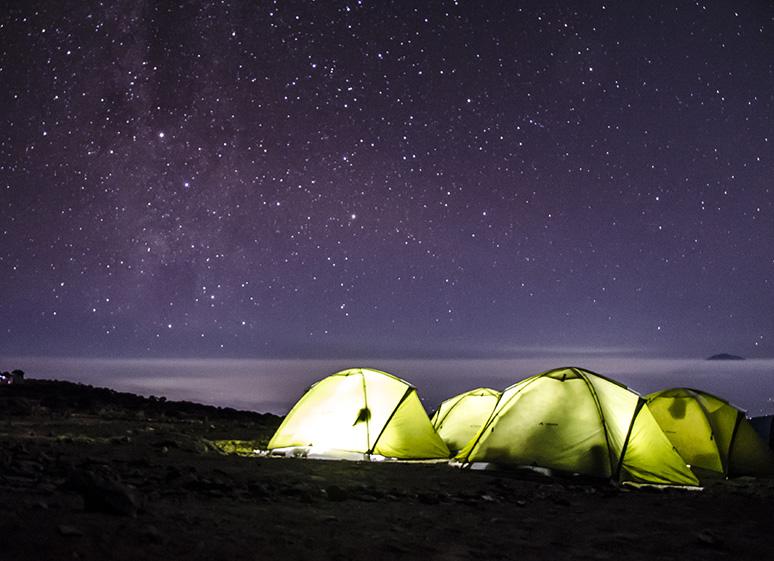 © Au sommet du Kilimandjaro en individuel